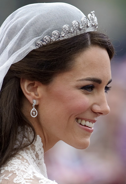kate-middleton-perfect-make-up-close-up-wedding-day